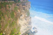 巴厘岛之旅,这个夏天我的蓝色回忆!在恶魔的眼泪被暂停之前,有幸感受到它的咆哮怒吼,真的很震撼!情人崖
