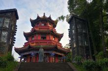观星楼  阆中观星楼位于锦屏山风景区内,是为纪念以西汉天文历算学家落下闳为代表的古阆中籍天文学家而建
