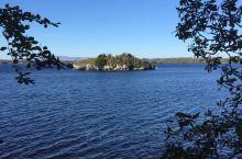 爱尔兰的基拉尼国家公园 去过二次 每次都是深秋11月。难得天气晴朗,深秋11月的基拉尼国家公园的清晨