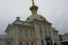俄罗斯圣比得堡夏宫及公园。
