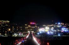 游仁怀市,喝茅台酒,渡赤水河,走红军桥。