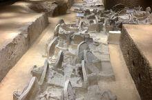 上个世纪50年代中期,黄河三门峡库区考古工作队在上村岭虢国墓地1052墓中发现了当时人们取火使用的工