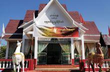 初识缅甸         缅甸属东南亚的国家,东北部与中国瑞丽相连,尽管缅甸是一个历史悠久的文明古国