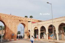 提到摩洛哥,人们往往会想起卡萨布兰卡、马拉喀什、菲斯这些城市,却常常忽视了它的首都——拉巴特。拉巴特