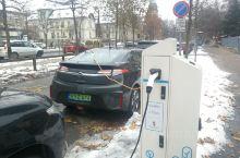 去了一次布达佩斯,感觉在布达佩斯,新能源汽车好多啊。路边随处可见欧盟中绿色的汽车牌照(新能源纯电动)