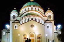 教堂建造始于1935年,出于种种原因,整个外部建造工程2003年12月才告结束,而内部装修至今仍在进