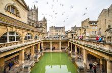 货真价实,爱泡澡洗出了名,——巴斯浴场 巴斯,是英国唯一列入世界文化遗产的城市,是一个被田园风光包围