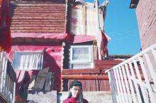 答应我这辈子一定要去趟色达 川西有很多藏传佛教寺庙/修行地,其中色达也算网红了,熟悉又陌生的风景…上