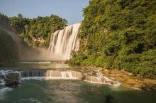 黄果树瀑布,亚洲最大的瀑布,贵州必打卡景点。 在景区里面住宿比较方便,三个主要景区安排二日游,比较宽