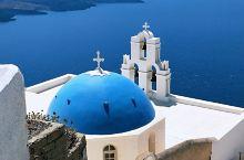 蓝顶教堂——圣托里尼明信片式的地标建筑,位于费拉镇的圣母玛利亚教堂,国家地理杂志上出现过的蓝顶教堂。