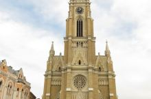 玛利亚大教堂,1719年始建,1894年重建。