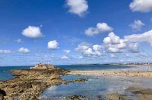 环海古城去后不会后悔,绕城墙一周城内逛街是放松的体验。圣马洛或译做圣马罗(Saint Malo)是法