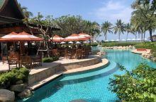 虽然知名度比不上帕塔亚和普吉岛等旅游热点地区,但华欣也是泰国最早成形的一处海滨度假胜地。隶属泰国巴蜀