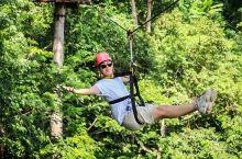 都说来普吉岛如果玩腻了跳岛游和海边项目,就可以去玩丛林飞跃,这次选择较新并且有独家项目的Hanuma