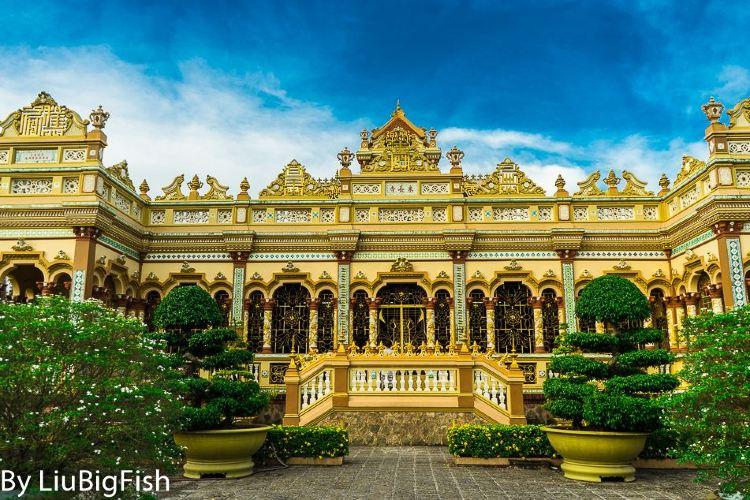 Vinh Trang Pagoda3