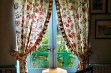 吉维尼小镇坐落于上诺曼底大区的厄尔省,因法国画家——克劳德莫奈的花园而知名,是法国最受喜爱的小镇之一