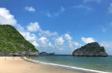 来越南不得不去的旅游地——吉婆岛海滩  来越南当然要去海边,春夏的吉婆岛海滩简直就是游人的天堂。我也