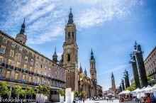走进这间华丽而又复古的宫殿般的教堂 西班牙的皮拉尔圣母教堂是我见过最美丽,而且规模最大的大教堂,特别