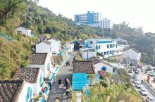 """霞关镇""""蓝色港湾、滨海风情"""" 霞关镇拥有全县最长的海岸线和岛岸线,以 """"蓝色港湾、滨海风情""""为主题的"""