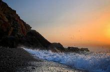 Geropotamos Beach——静谧正栖息于此地  我们来到雷西姆农小镇上,首先就跑到海滩来了