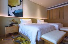 作为旅游达人,个人觉得,衡量一家酒店的舒适性,除了房间大小、家具和装修格调外,最能体现酒店品质的,一