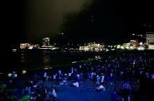 热海秋季花火大会。 还记得那年洞爷湖的花火大会,也是在初秋九月。 9/16,从三岛哐叽哐叽坐电车到热
