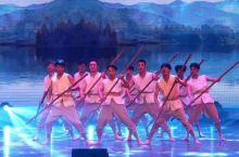 第一次来丹东,看完《丹东印象之丹东记忆》了解到了丹东的历史文化,结合武术、杂技、舞蹈、全息纱幕展现了