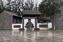 天津旅游景点的热门景点之一,庄园面积超大,集景观、娱乐、烧烤等于一体,可供休闲度假、家庭聚会的首选。