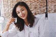 釜山必吃美食  首尔吃烤肉,釜山吃海鲜。  在韩国,有着一种特殊的女性职业,「海女」。  据说在19