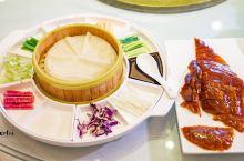 泰州靖江市有家滨江花园酒店,位于江阴大桥高速出口处。酒店餐厅已淮扬江鲜菜为主。 推荐他们家的三道美食