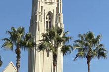 美国行脚之二:打卡好莱坞星光大道 洛杉矶星光大道是全美著名景点,建于1958年,是条沿美国好莱坞大道