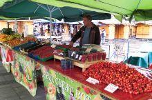 塞尔维亚探访泽蒙小镇——泽蒙露天市场 物价比贝城便宜多了,适合夏天水果任吃  泽蒙   行前准备:如
