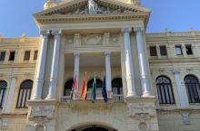 马拉加位于西班牙南部海岸,是天才画家毕加索的故乡。         马拉加有着深厚的历史文化底蕴,分
