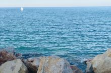 有4000年悠久历史的雅法,濒临地中海,是世界最古老的港口之一,而离雅法不远的特拉维夫,由一批犹太移