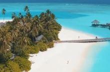 这可能是唯一一篇靠谱的马尔代夫贴手把手教避坑 看着满屏都是麻袋的航拍视角美图我就想问问有几个是自己拍