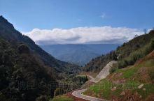 𝙝𝙖𝙫𝙚 𝙖 𝙣𝙞𝙘𝙚 𝙙𝙖𝙮  春姑娘在海子山悠闲的散步 路过山间雅溪 还有那潺潺流水的竹晓清泉