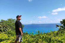 塞舌尔一直以来是一个自然,环境优美,生态良好的地方,也正因为如此吸引了无数的中外游客旅游休闲。我也毫