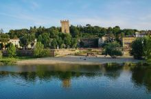 佛罗伦萨的母亲河~阿诺河 【目的地攻略】 行前准备: 签证~意大利欧盟签证,一周内一般办理妥当,效率