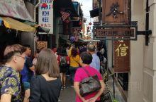 Harry Potter主题咖啡店 Platform 9 1/2 Café坐落于怡保二奶巷里,店外就