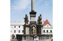 中欧五国行DAY2  克鲁姆洛夫小镇号称全世界最美的小镇,1992年被教科文组织列为世界文化遗产,我