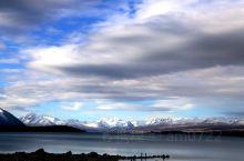 自驾新西兰-特卡波湖边的傍晚:在好牧羊人教堂等待天色暗下来以后拍星空的时候,在湖边转了转,好牧羊人教