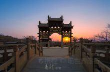 青龙镇村—位于山西省太原市阳曲县侯村乡,青龙古镇整个村子都是典型的明清风格的古建筑,是一座大型的建筑