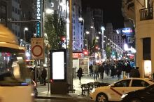晚上十一点马德里的夜,热闹依旧