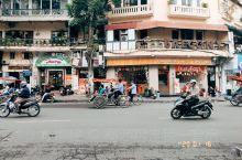 【路线攻略】 Day:  住宿推荐: 希尔顿河内歌剧酒店(Hilton Hanoi Opera)