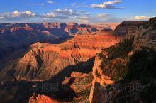 自驾游科罗拉多大峡谷一马蹄湾一羚羊谷,这一段堪称大自然鬼斧神工之最。最后两张是鲍威尔湖,这是一个水库