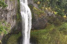 Salt Creek Falls是俄勒冈州第二高瀑布,很是喜欢