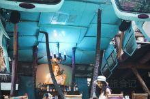 墨西哥图卢姆海滩必打卡网红店  I Scream bar 位于图卢姆的海边街道,如果从这家bar门前