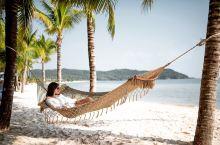 富国岛的网红酒店,JW万豪酒店。酒店拥有自己的私人的沙滩。所以不用出门就可以在这里享受海滩生活。