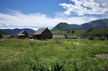 翻越阿尔泰山:草原、牧场、蒙古包