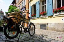 德国最美小镇罗腾堡,法国科尔马小镇的原版,我们住在小镇的深处,离开中心广场也不远,小镇的傍晚特别宁静